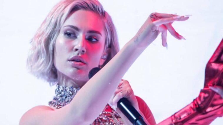 eurovision-2021:-h-elena-tsagkrinou-stin-proti-prova