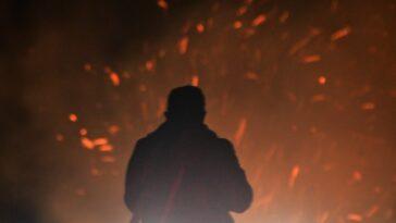 Κόρινθος: Πυρκαγιά στην περιοχή Σχίνο, κοντά σε οικισμό