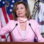 """ΗΠΑ: Η Πελόζι καταγγέλλει τον """"εγωισμό"""" των κοινοβουλευτικών που δεν εμβολιάζονται"""