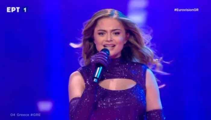 eurovision-2021:-magepse-i-stefania-me-tin-entyposiaki-tis-emfanisi