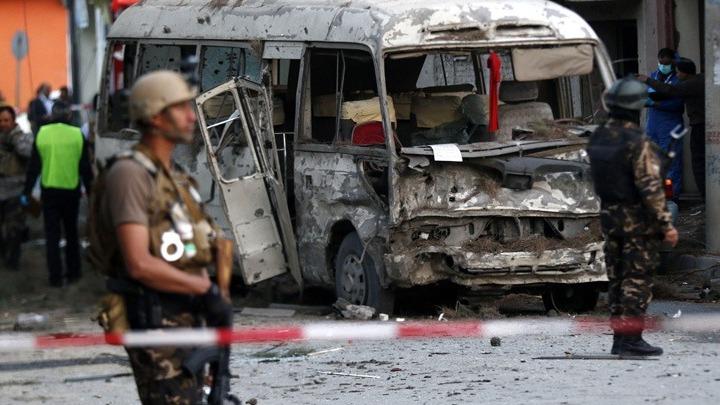 Βόμβα έπληξε λεωφορείο στο Αφγανιστάν – Τουλάχιστον 6 νεκροί