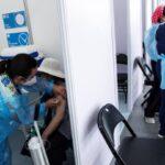 Χιλή: Αναστέλλεται η 2η δόση, αυξάνεται το ηλικιακό όριο για το εμβόλιο της AstraZeneca