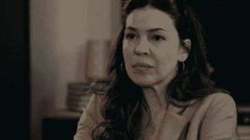8 Λέξεις Επεισόδια: Η Μαίρη αποφασίζει να φτάσει την κατάσταση στα άκρα