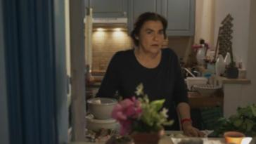 Η Γη της Ελιάς επεισόδια: Η Αθηνά ξεσπάει και ομολογεί